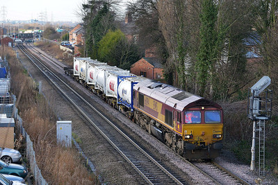 Class 66 No 66094 at Whitley Bridge on 16 January 2014 with the 6Z46 10:58 Wakefield Europort – Drax Power Station