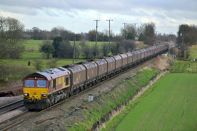 Class 66 No 66053 at Whitley Bridge on 16 January 2014 with the 4D24 12:45 Drax Power Station – Immingham Hargreaves C.T.