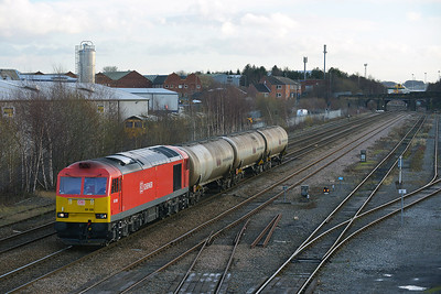 Class 60 No 60100 at Stourton on 8 January 2014 with the 6D79 08:34 Lindsey Oil Refinery – Neville Hill Depot