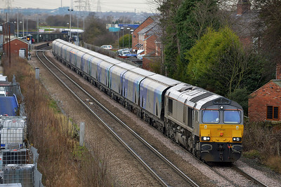 Class 66 No 66747 at Whitley Bridge on 16 January 2014 with the 6H30 09:45 Tyne Coal Terminal – Drax Power Station