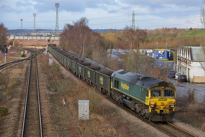 Class 66 No 66535 at Horbury Bridge on 9 January 2014 with the 6E02 09:20 Crewe Basford Hall S.S.M. – Hunslet Yard