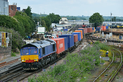 Class 66 No 66414 at Eastleigh on 9 July 2014 with the 4O15 07:43 Hams Hall Parsec - Southampton M.C.T.