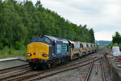 Class 37 No 37610+37259 at Dingwall on 1 July 2014 with the 18:02 Inverness Freight Sidings – Achnasheen