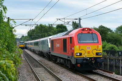 Class 67 No 67027+67006 at Sandal & Agbrigg on 5 July 2014 with the 5Z70 04:30 Wembley Inter City Depot – Leeds