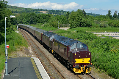 Class 37 No 37685/37516 at Dingwall on 1 July 2014 with the 1H80 10:00 Keith – Kyle of Lochalsh