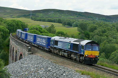 Class 66 No 66304 at Slochd on 2 July 2014 with the 4D47 13:19 Inverness Freight Sidings – Mossend Up Yard