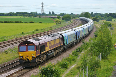 Class 66 No 66075 at Burton Salmon on 13 June 2014 with the 6H84 08:38 Hull Biomass Lp – Drax Power Station