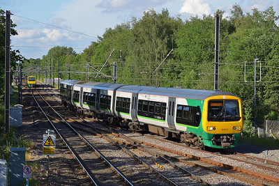 Class 323 No 323212 at Barnt Green on 7 June 2014 with the 2R53 17:17 Four Oaks - Redditch