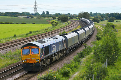 Class 66 No 66727 at Burton Salmon on 13 June 2014 with the 6C09 08:45 Immingham H.I.T. – Eggborough Power Station