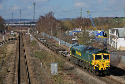 Class 66 No 66560 at Horbury Bridge on 3 March 2014 with the 6E06 09:32 Bredbury R.T.S. – York Yard South