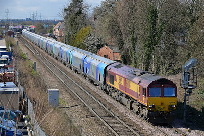 Class 66 No 66016 at Whitley Bridge on 21 March 2014 with the 6H84 08:38 Hull Biomass Lp – Drax Power Station