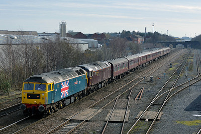 Class 47 No 47580/47746 at Stourton on 5 March 2014 with the 1Z40 06:30 Broxbourne – Carlisle