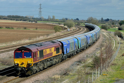 Class 66 No 66016 at Burton Salmon on 21 March 2014 with the 6H84 08:38 Hull Biomass Lp – Drax Power Station