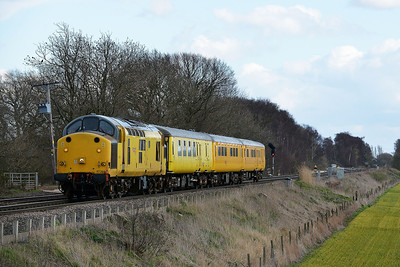 Class 37 No 97301 at Heck Ings Crossing on 21 March 2014 with the 1Q14 09:22 Neville Hill T&RSD – Derby R.T.C.