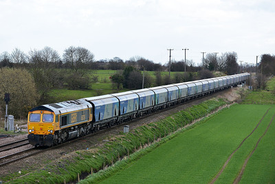 Class 66 No 66739 at Whitley Bridge on 21 March 2014 with the 4N61 12:45 Drax Power Station – Tyne Coal Terminal