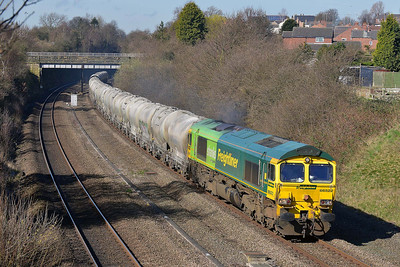 Class 66 No 66522 in Horbury Cutting on 24 March 2014 with the 6M89 09:50 Dewsbury Blue Circle – Hope (Earls Sidings)