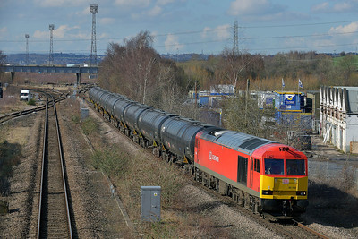 Class 60 No 60100 at Horbury Bridge on 3 March 2014 with the 6E32 10:21 Preston Docks – Lindsey Oil Refinery