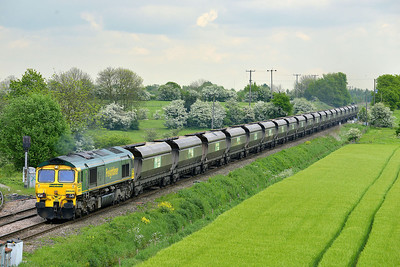 Class 66 No 66526 at Whitley Bridge on 15 May 2014 with the 4G35 14:12 Drax Power Station – Hatfield Main Colliery
