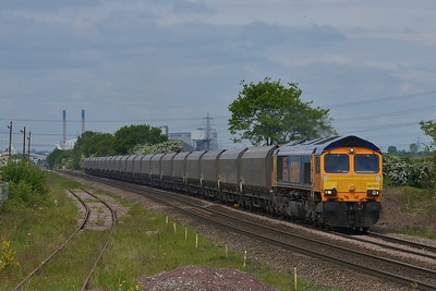 Class 66 No 66703 at Whitley Bridge on 15 May 2014 with the 6H12 06:23 Tyne Coal Terminal – Drax Power Station