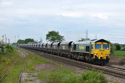 Class 66 No 66544 at Whitley Bridge on 15 May 2014 with the 6E94 23:53 Hunterston High Level – Drax Power Station