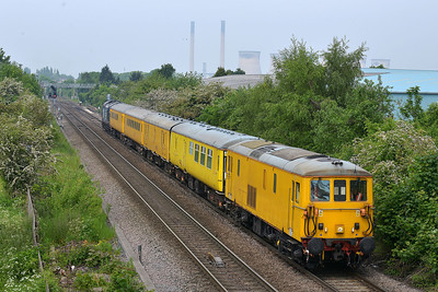 Class 73 No 73138 at Knottingley on 20 May 2014 with the 1Q25 10:00 Doncaster West Yard – Derby R.T.C.