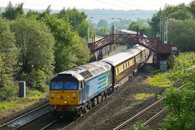 Class 47 No 47828+47813 at Ravensthorpe on 15 May 2014 with the 1Z19 06:35 York – Bangor 'Northern Bell'