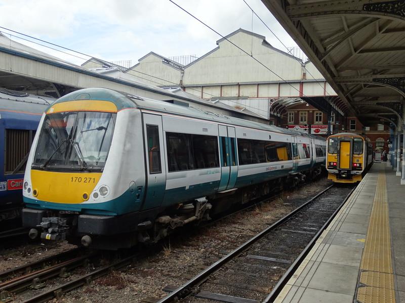 170271 & 153322 - Norwich