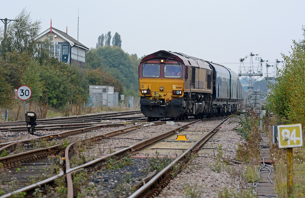 Taken from alongside the Sheffield line 66014 takes the Scunthorpe line on the 6H63, more bio mass for Drax to burn.