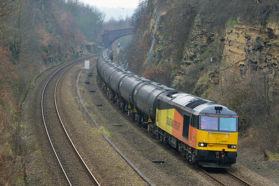 Class 60 No 60021 in Horbury Cutting on 11 February 2015 with the 6E32 08:55 Preston Docks Lanfina - Lindsey Oil Refinery
