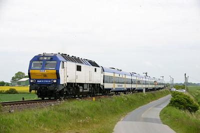 Class 251 No 251008 (DE 2700-08) between Niebull and Klanxbull on 31 May 2015