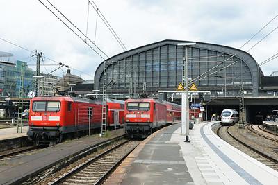 Class 112 No 112145 and 112172 at Hamburg Hbf on 1 June 2015