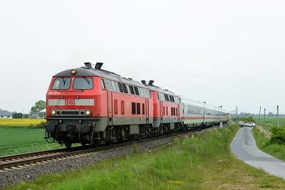 Class 218 No 218311/218344 between Niebull and Klanxbull on 31 May 2015