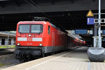 Class 112 No 112151 at Hamburg Hbf on 1 June 2015