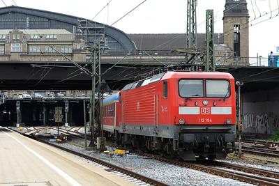Class 112 No 112154 at Hamburg Hbf on 1 June 2015