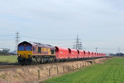 Class 66 No 66126 at Blackburn Lane, Knottingley on 20 January 2015 with the 6M96 13:18 Drax Power Station - Tunstead Sidings