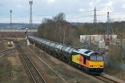 Class 60 No 60076 at Horbury Bridge on 15 January 2015 with the 6E32 08:55 Preston Docks Lanfina - Lindsey Oil Refinery
