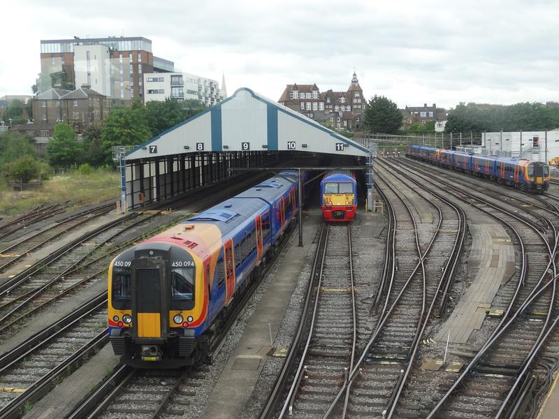 450094 & 456001 - Clapham Yard