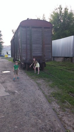 2016-05-29, Olya and Yura on an abandoned branch railway line
