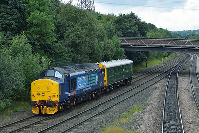 Class 37 No 37419 at Ravensthorpe on 3 August 2016 with the 2Z02 09:28 York - York Parcels Sidings (via Stalybridge)