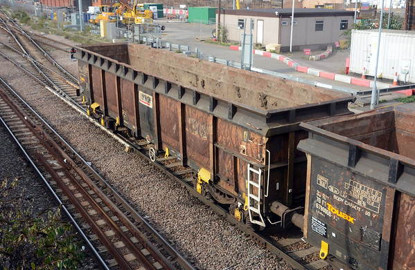 I presume these are also former scrap wagons, resused for spoil.