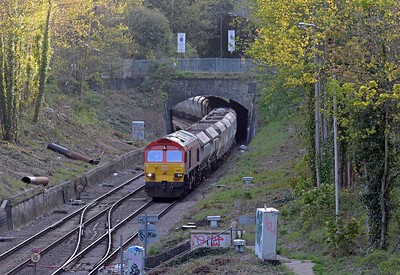 Another favourite, 59201 on the 6L21 emerging from Crouch Hill Tunnel.