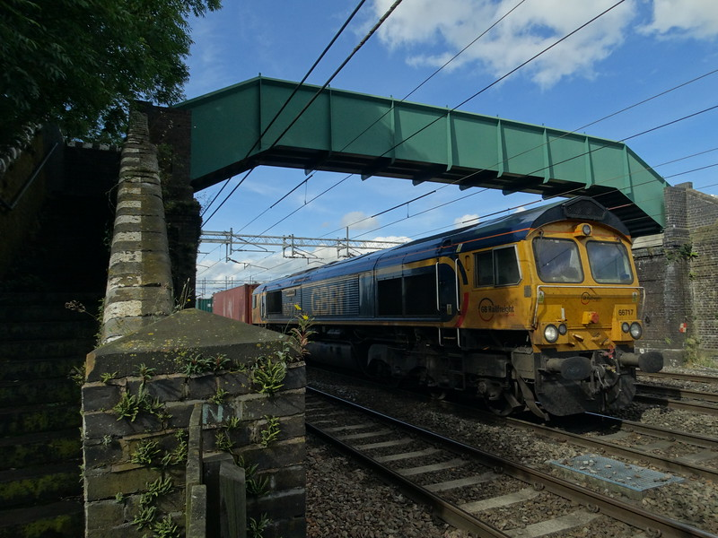 66717 - Chorlton