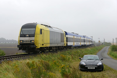 Class 223 No 223.011 between Niebull and Klanxbull on 7 August 2016