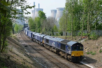 Class 66 No 66423/66427 at Brotherton on 7 May 2016 with the 4S43 06:15 Daventry - Mossend Euroterminal