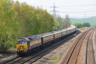 Class 57 No 57312+57306 at Burton Salmon on 7 May 2016 with the 1Z56 09:13 Newcastle - Chesterfield