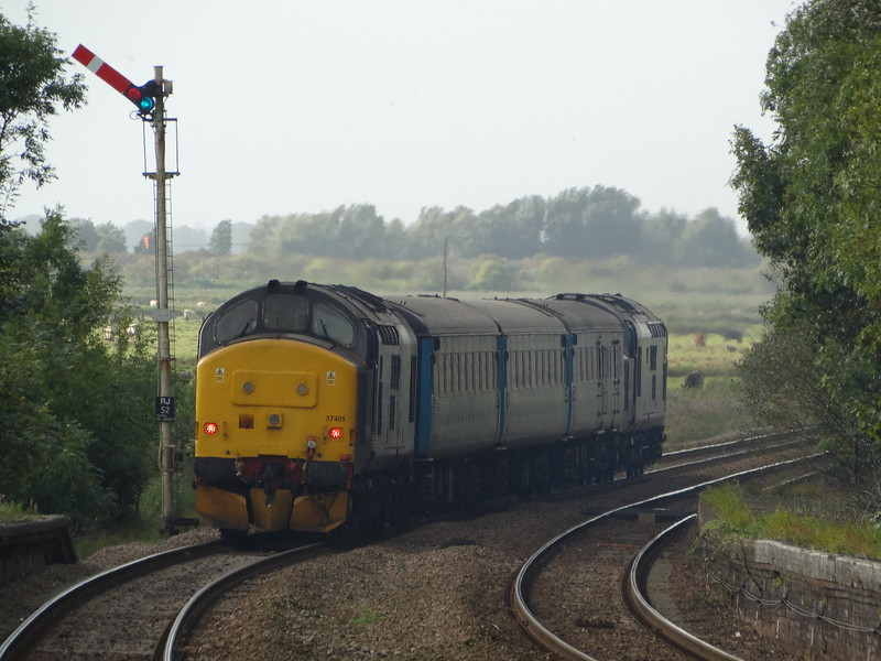 37405 - Reedham<br /> <br /> 2J83 15:48 Lowestoft to Norwich