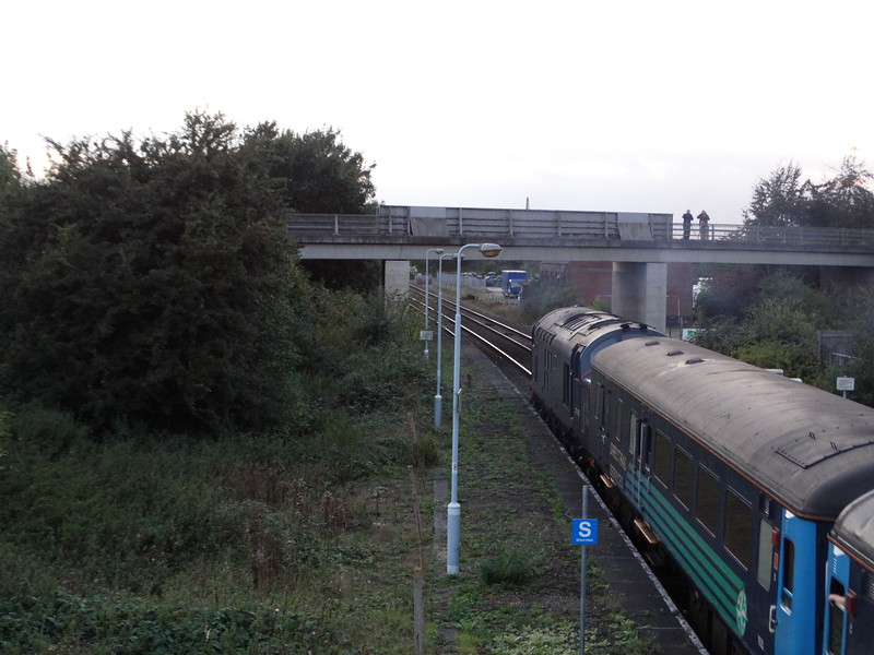37422 - Acle; <br /> <br /> 2P33 18:17 Great Yarmouth to Norwich