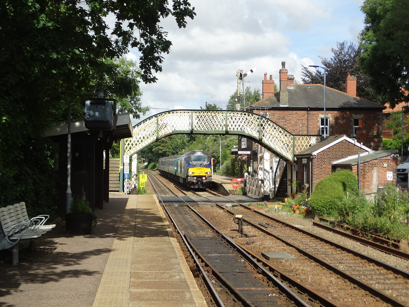 68019 - Brundall<br /> <br /> 2J70 10.05 Norwich to Lowestoft