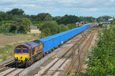 Class 66 No 66016 at Milford Junction on 8 September 2016 with the 6M16 10:01 Tees N.Y. - Knowsley Freight Terminal