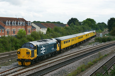 Class 37 No 37025+37116 at Church Fenton on 19 September 2016 with the 1Q64 08:53 Derby R.T.C.(Network Rail) - Neville Hill T&R.S.M.D